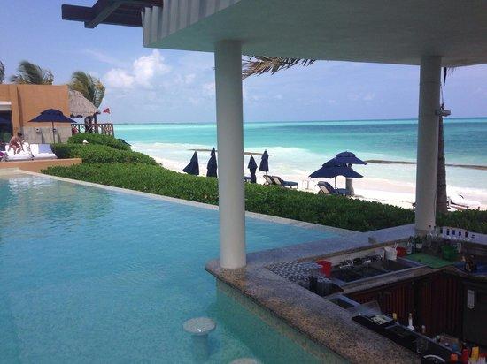 Banyan Tree Mayakoba : Beach club pool