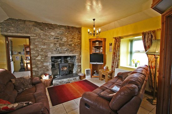 Mull of Galloway Holidays: Auld Smiddy Sittingroom