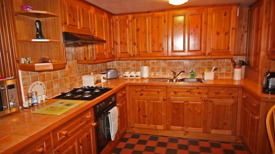 Mull of Galloway Holidays: Auld Smiddy Kitchen