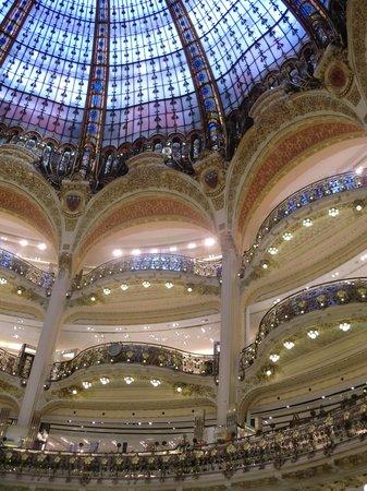 Galeries Lafayette: Balkone