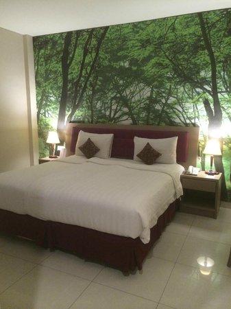 Kuta Central Park Hotel: room