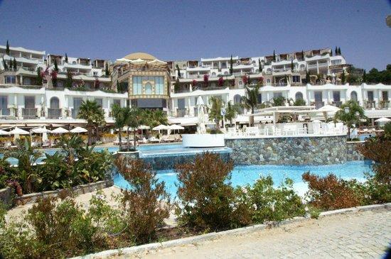 Sianji Wellbeing Resort: l'hôtel face à la mer