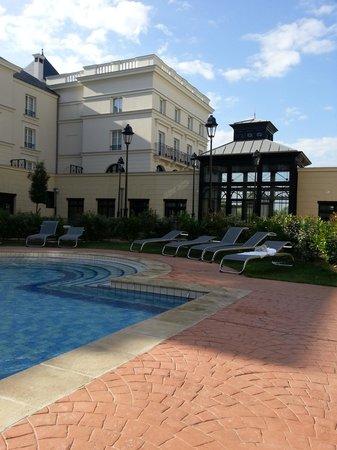 Hipark Serris-Val d'Europe: отель