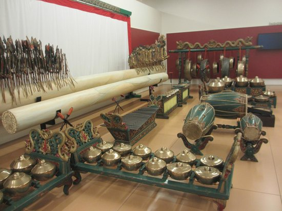 Musical Instrument Museum: Indonesian gamelan