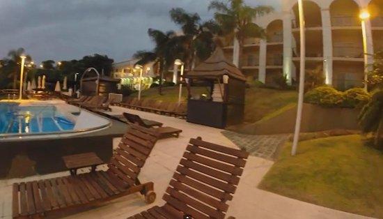 Sol Victoria Hotel, Spa & Casino: La pileta de tarde es FABULOSA!