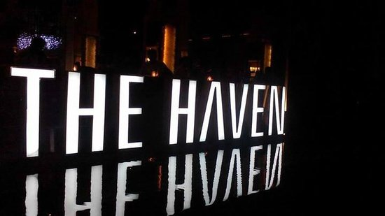The Haven Seminyak Hotel & Suites: view at entrance
