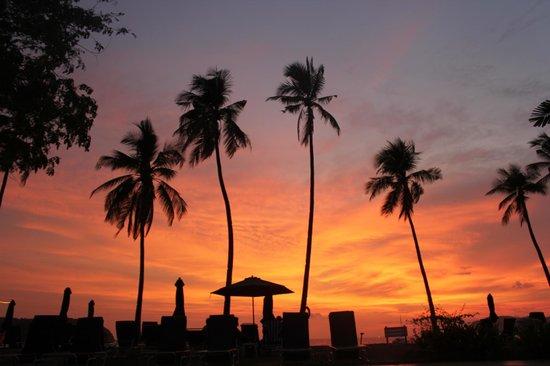The Frangipani Langkawi Resort & Spa: sunset