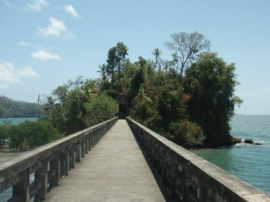 Grand Bahia Principe Cayacoa: Bridge to Nowhere