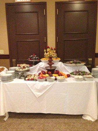 Sheraton JFK Airport Hotel: Dessert Station