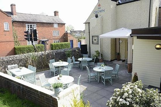 The Crown Inn: Our inviting beer garden