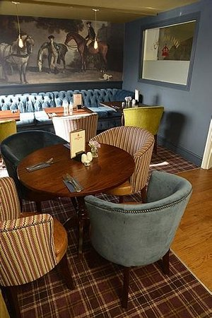 The Crown Inn: Our interior is decorated to a high standard