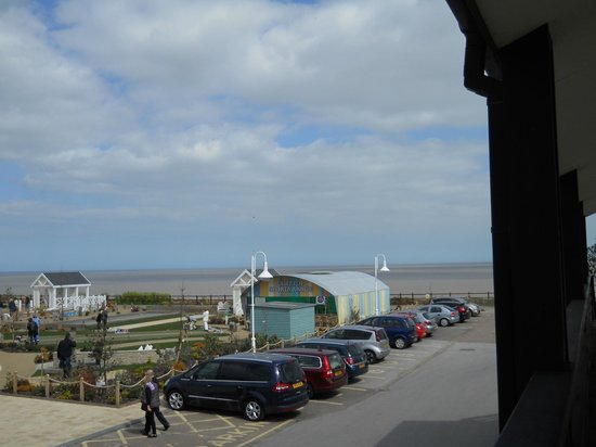 Warner Leisure Hotels - Corton Coastal Holiday Village: View from balcony overlooking games lawn and one parking area