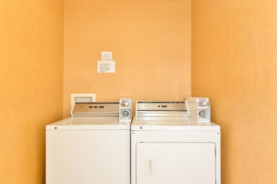 Comfort Inn & Suites: On-Site Laundry