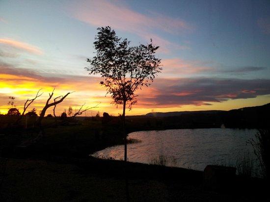 Eagles Nest Retreat: Sunrise at Eagles Nest 2