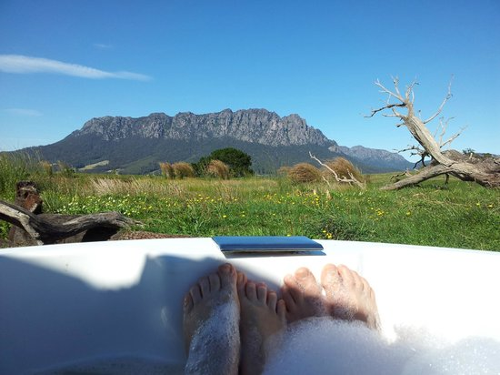 Eagles Nest Retreat: View from the outdoor spa at Eagles Nest 2