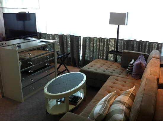 Lanson Place Hotel: Lovely seating area