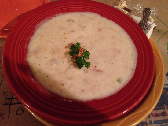 Delaney's Hole in the Wall: New England clam chowder