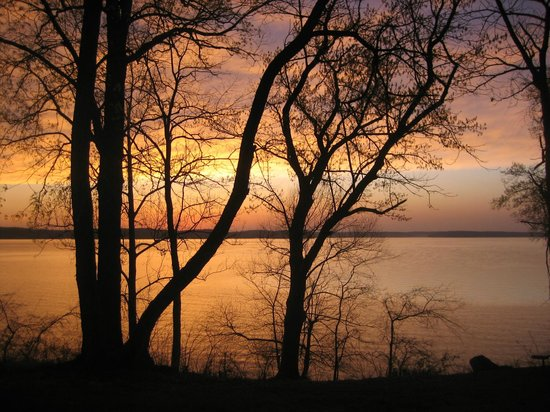 Kentucky Lakes / Prizer Point KOA: Sunset view