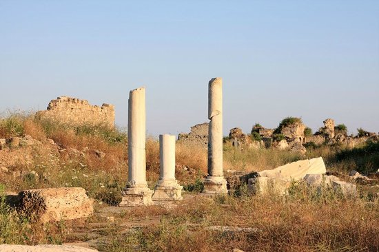 Side Museum: Мраморные колонны