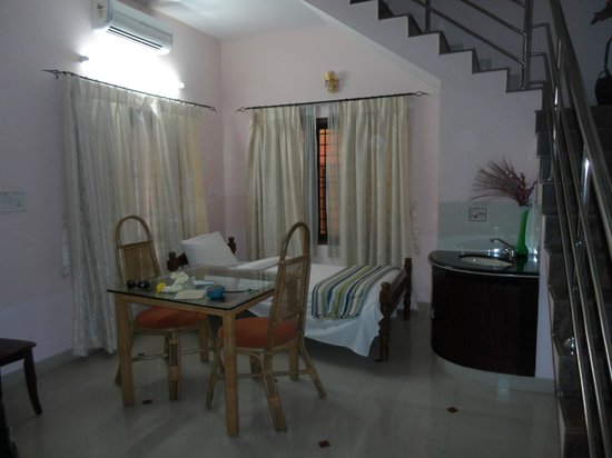 Sreeragam Luxury Villa Retreat: Room