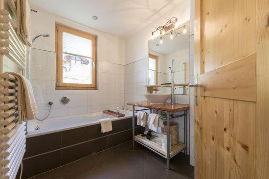Alpenlodge: Badezimmer