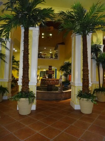 Holiday Inn Club Vacations Cape Canaveral Beach Resort: Lobby