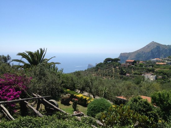 Relais Villa Caprile: At all sides the sea!