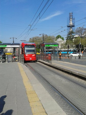 Best Western Plus The President Hotel: Local tram stop