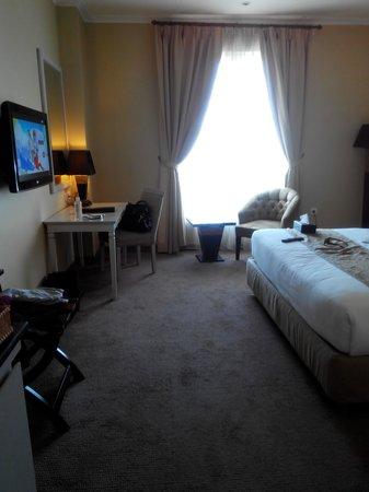 Hotel Dafam Semarang: tampak dr pintu masuk (deluxe)