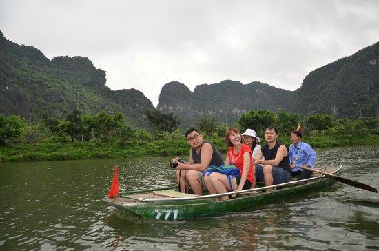 Vietnam Travel Consultant