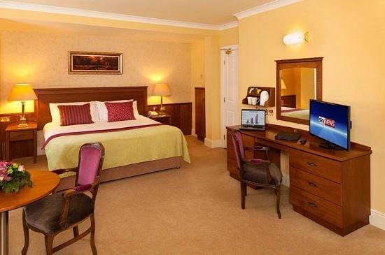 Ambassador Hotel & Health Club Cork : Executive Double Room