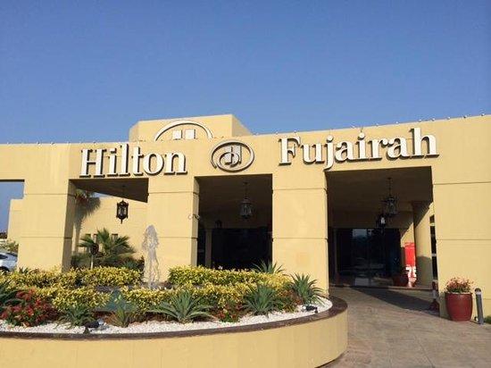 Hilton Fujairah Resort : Вход в отель