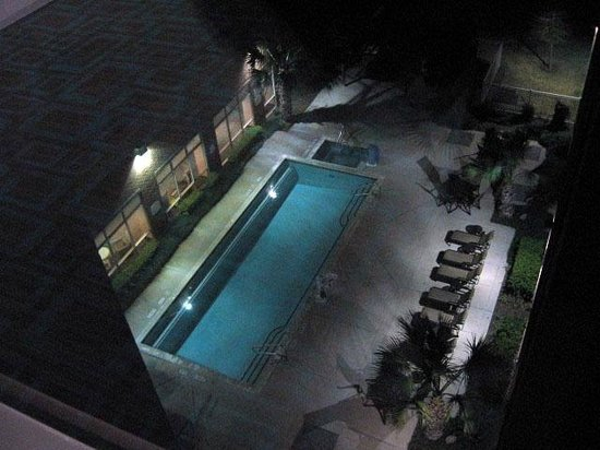 Residence Inn Houston West/Energy Corridor: Pool from above