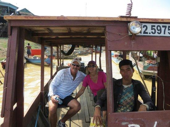 Soryar Services Day Tours: boat to Kompong Phluk