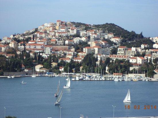 Apartments Abba: port Gruz