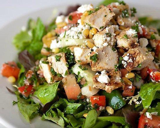 Pita Jungle : Mediterranean Chicken Salad