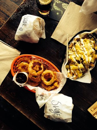 The Druids Arms : Imperial Swines, onion rings and stinky cheese fries.