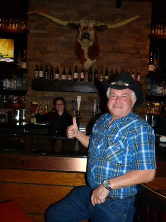 Longhorns Steakhouse : My server Becky at the Bar
