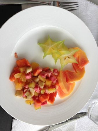 The Station Seychelles : first breakfast course: delicious fruit