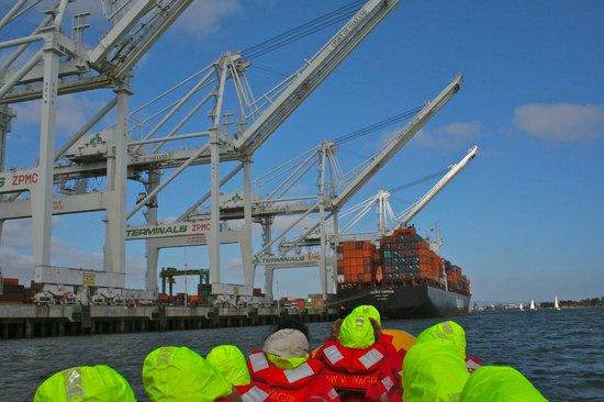 Bay Voyager : Port of Oakland