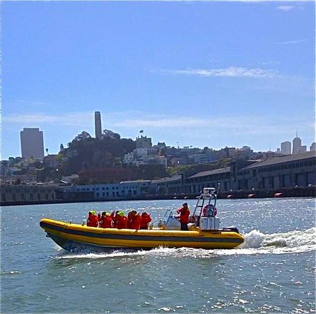 Bay Voyager : Another fine day on the bay with Pier 39 folks!