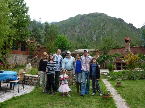 La Capilla Lodge: Group shot in the garden
