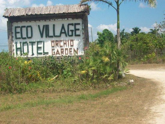 Orchid Garden Eco-Village Belize : Just off Western Highway