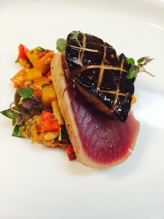 Che-Ah-Chi Restaurant at Enchantment Resort : Ahi and Foie Gras