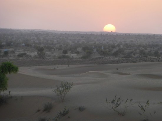 HACRA Dhani: Sunset at the dunes