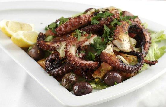 Kogo: Grilled octopus