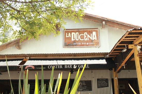 La Docena Oyster Bar & Grill