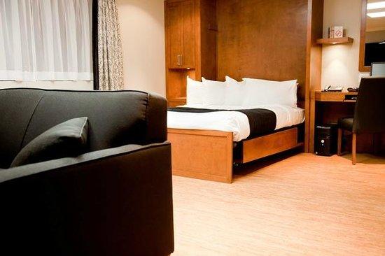 Hotel & Suites Le Dauphin Quebec Photo