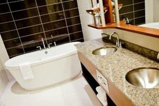 Hotel & Suites Le Dauphin Quebec : Suite Corporative