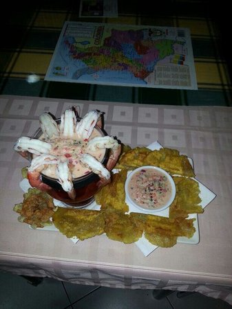 Restaurante Mi Rincon: Ceviche de langostinos con patacones.